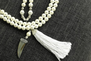 Pearl Tassel Horn Necklace